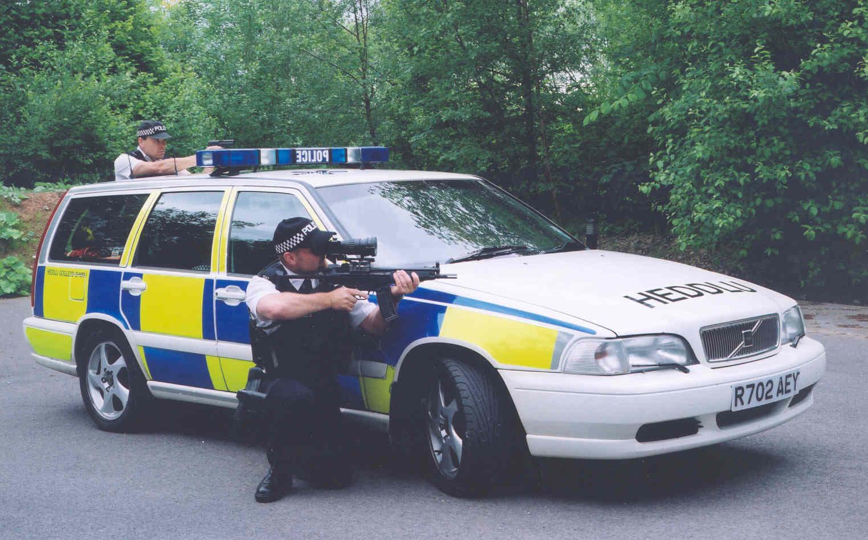 The scarman report the metropolitan police
